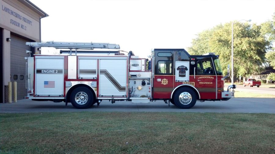 2004 E One Fire Engine with 2000 GPM Pump